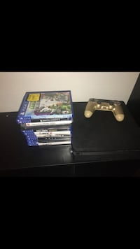 Sony ps4 console with controller and games Bakersfield, 93309