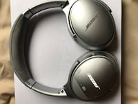 black and gray Bose headphones Calgary, T3J 0A9