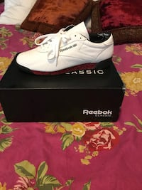 Pair of reebok low-top Melody Ehsani sneakers with box