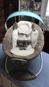 Bouncy Seat battery  operated  Rockville, 20851