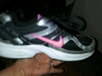 Women's $hoes sizes vary Adel, 50003