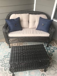 Outdoor patio furniture (pillows included) Barboursville, 22923