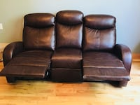 Sofa leather still new with sticker just 2 months use, must sale. Brossard, J4W 2Y7