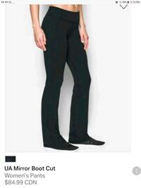 Women's UnderArmour boot cut pants Nanaimo, V9T