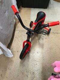 Red and black kids tricycle  Newport News, 23605