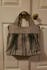 Brand new grey purse. Vaughan, L6A 2G4