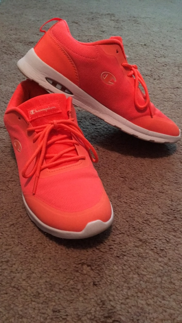 57f92c256 Used Size 8 for sale in Fayetteville - letgo