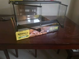 Exo-terra aquarium for sale brand new, used only 2 days 75$