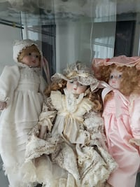 Porcelain dolls Welland, L3B 5N4