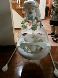 white and gray Fisher-Price cradle n swing Pickering, L1V 4Y1
