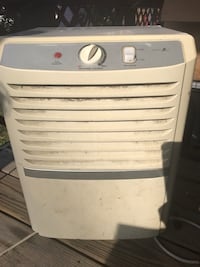 Dehumidifier  Farmington, 26571