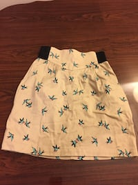 white and black floral shorts 3730 km
