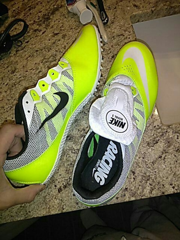 b374dad841cf Used Nike Rival S Track Shoes for sale in Albuquerque - letgo nike id shoes  too