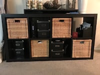 IKEA 8-square shelving w/ 4 baskets Alexandria, 22302