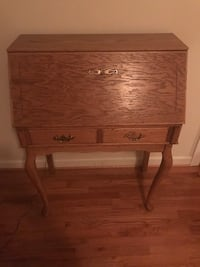 Wood Desk Lanham, 20784