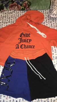 Women's juicy couture tracksuit, size xs but fits like a small  Toronto, M1S 5E3
