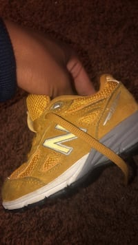 New balance kids shoes  Capitol Heights, 20743