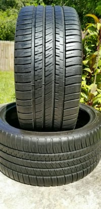 (2) 255/35/20 MICHELIN PILOT SPORT 98% TREAD  Tampa, 33602
