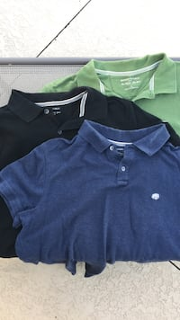 Banana Republic Men's Large polo's in Green, Blue, and Black.  724 mi