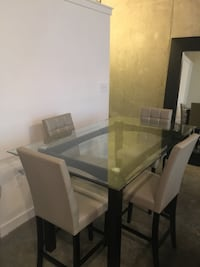 Dining Table with 4 chairs Atlanta