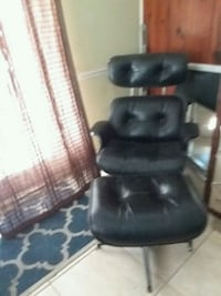 Eames lounge chair Fort Myers, 33901
