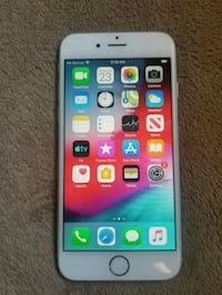APPLE IPHONE 6 NEAR PERFECT CONDITION. Toronto, M9V 3N5