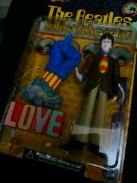 Love The Beatles Yellow Submarine doll pack