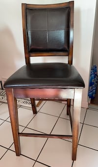 2 Tall counter chairs.  Toronto, M6M 1L7