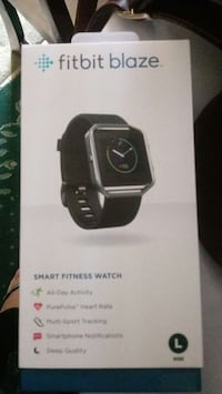 black Fitbit Blaze smart watch box 31 km