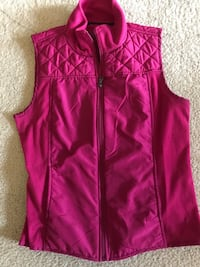 Tek Gear Magenta colored Vest