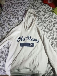 Old Navy White Hoodie Kingston, K7M 7H4