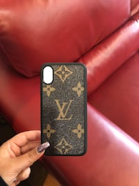X/XS PHONE CASE LV  Abbotsford, V2S