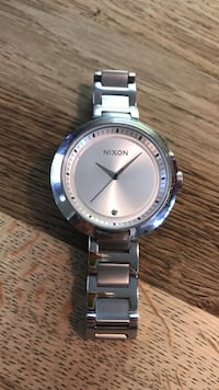 Brand new silver Nixon watch never worn Winnipeg, R3M 0J4
