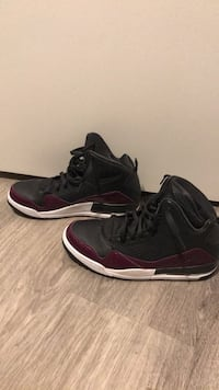 pair of black-and-purple Air Jordan shoes Arlington, 22206