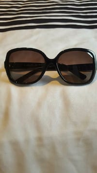 Ladies FENDI shades Leduc, T9E 6J4