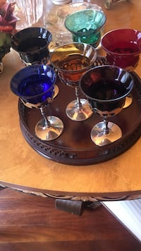 five assorted-color wine glasses &tray