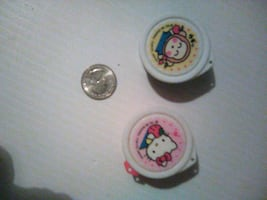 2 VINTAGE HELLO KITTY'S SMALL PLASTIC CONTAINERS