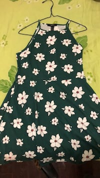 Cute little dress M size never worn Toronto, M3J 0A8