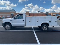 2003 Ford F-450 Super Duty Chassis Cab