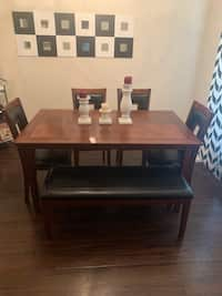Fantastic Used Bench With Magazine Holder For Sale In Richardson Letgo Unemploymentrelief Wooden Chair Designs For Living Room Unemploymentrelieforg