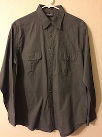 Khaki long shirt Las Vegas, 89117