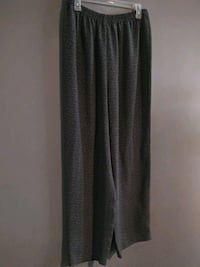 ***WOMEN'S SIZE 16 DRESS PANTS!***
