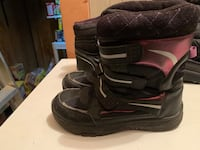Girls boots size 6 Chatham, N7M 3V2
