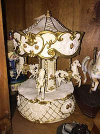 brown and white horse carousel decor Vidor, 77662