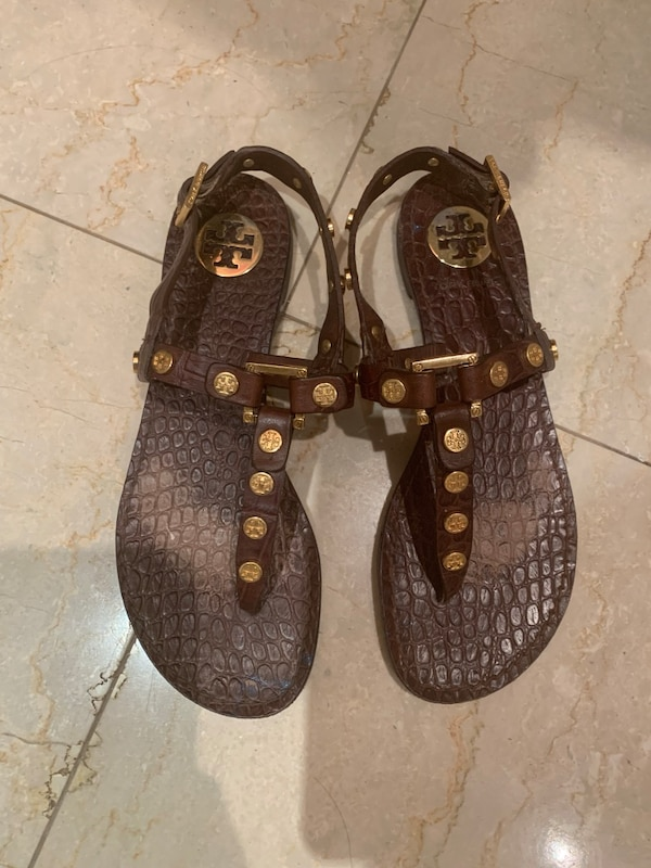 2ed7c3b80 Used Tory Burch Thong Sandals / Women's Size 5.5 for sale in New York -  letgo