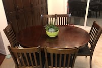 Kitchen table with 6 chairs Mississauga, L5V 1W2