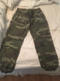 TNA ARMY PANTS Toronto, M9A