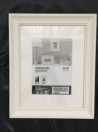 Elegant picture frame (set of three) Toronto, M5T 1E4