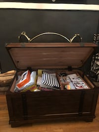 Coffee Table Storage Wood Trunk New York, 10128