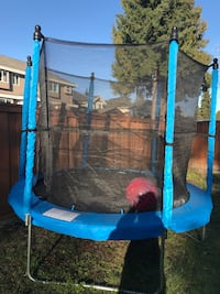8ft trampoline with enclosure combo Coquitlam, V3J